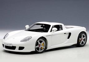 1:18 AutoArt Porsche Carrera GT