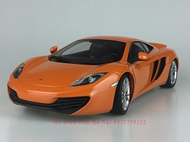 AutoArt 1/18 McLaren MP4 12C mo hinh o to